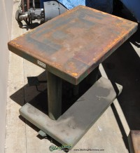 used lexco hydraulic lift table HT- 500- FR