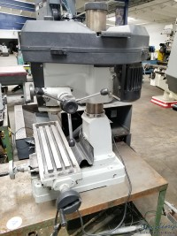 used acra/rong fu milling and drilling machine RF31T