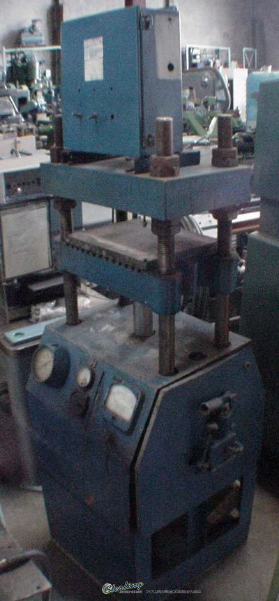 Used Wabash Hand Operated Hydraulic Press Sterling Machinery