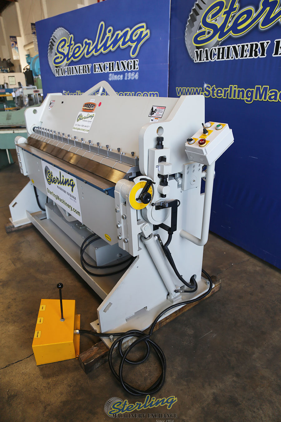 Used Demo Machinery Baileigh Heavy Duty Hydraulic Box
