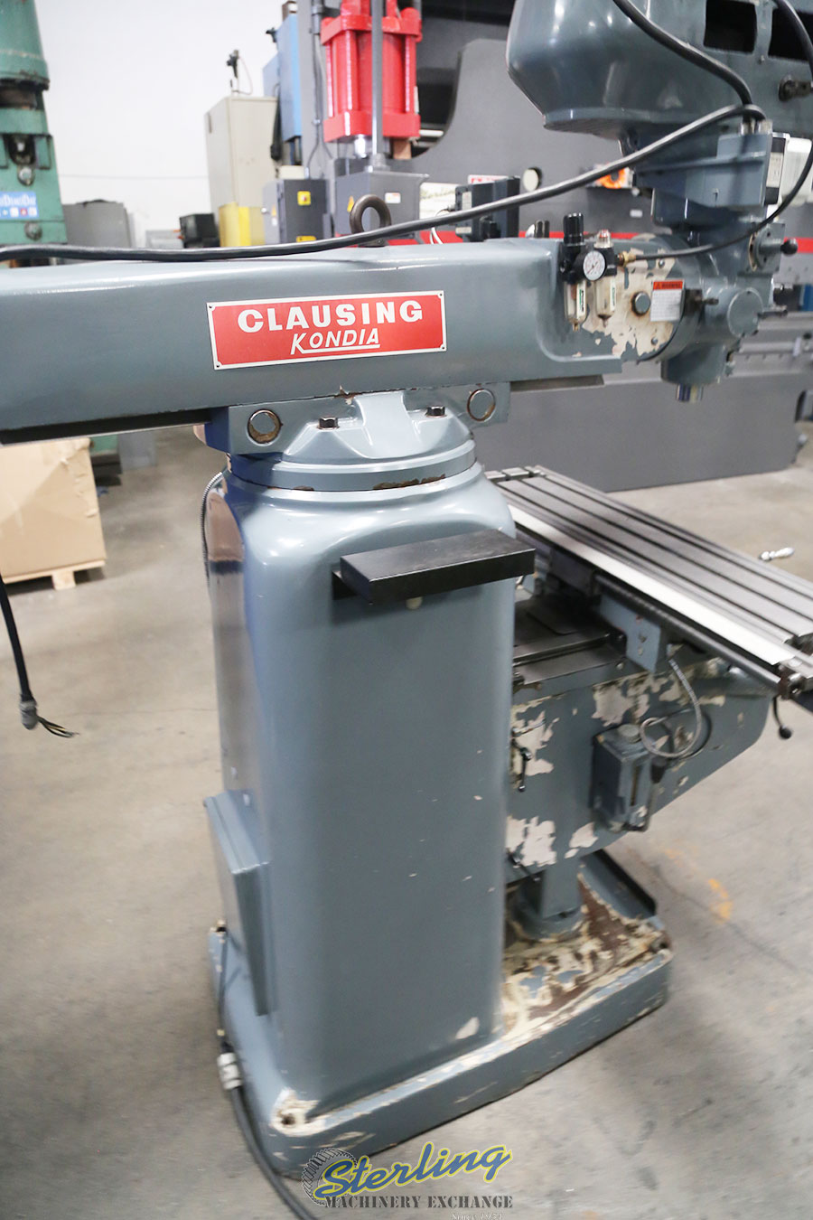 Used Kondia Vertical Milling Machine with Variable Speed