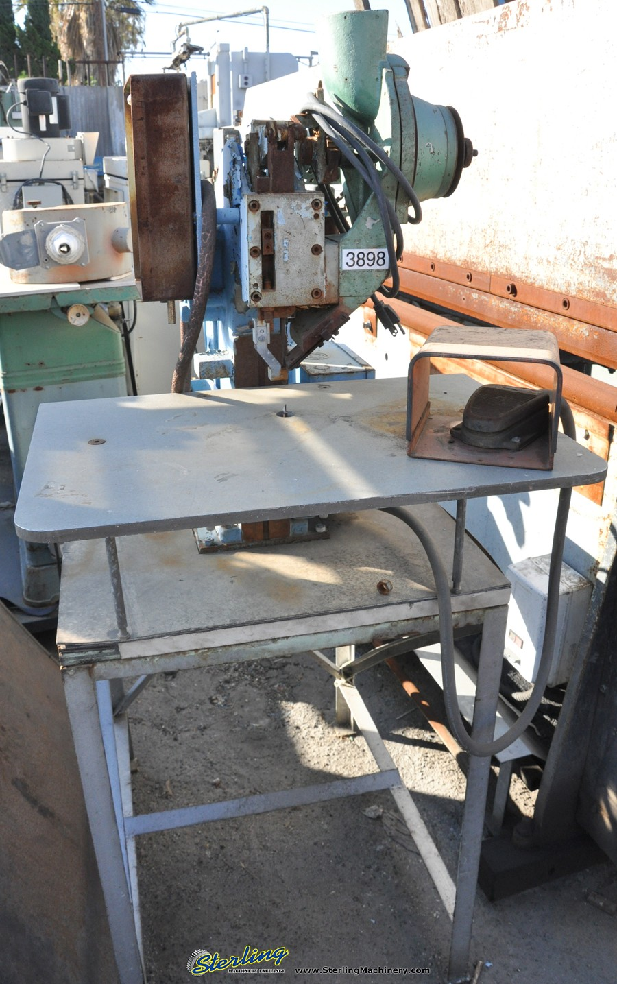 Peachy Used Chicago Air Operated Bench Mounted Rivet Machine Dailytribune Chair Design For Home Dailytribuneorg