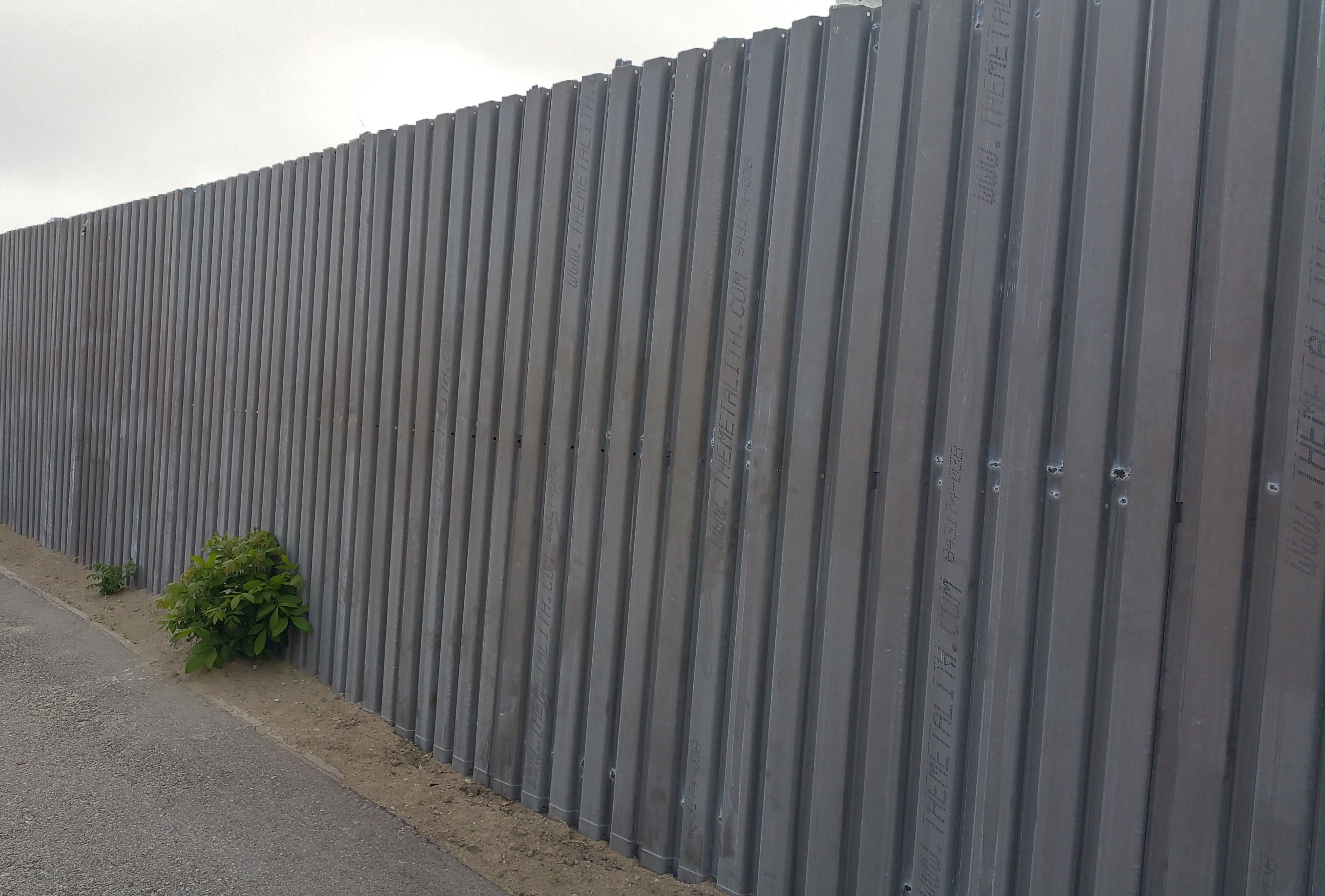 Metal Siding Sheets : Metal barrier border fencing b deck roofing sheets