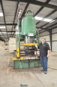 Used Pacific Pressformer Hydraulic Forming Press