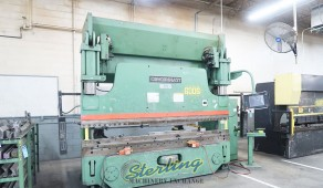 Used Cincinnati Hydraulic CNC Press Brake Autoform 3 Axis Press Brake with Crowning and Cincinnati Control Upgraded 2007