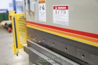 used accurpress hydraulic press brake with light curtains 717514