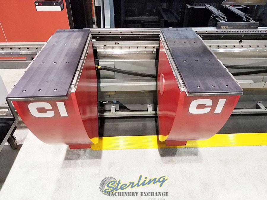 Brand New Cincinnati MaxForm CNC Hydraulic Press Brake